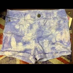 NWT Acid Wash Jean Shorts - Jrs 10/12 (Adult XS/S)